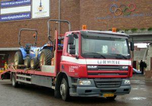 LJ de Wilde - Verhuur - Vrachtauto's, Tractors en diepladers (1)