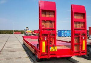 LJ de Wilde - Verhuur - Vrachtauto's, Tractors en diepladers (3)